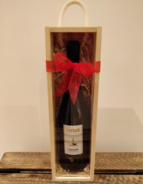 Romaldo Greco Versus Gift Box